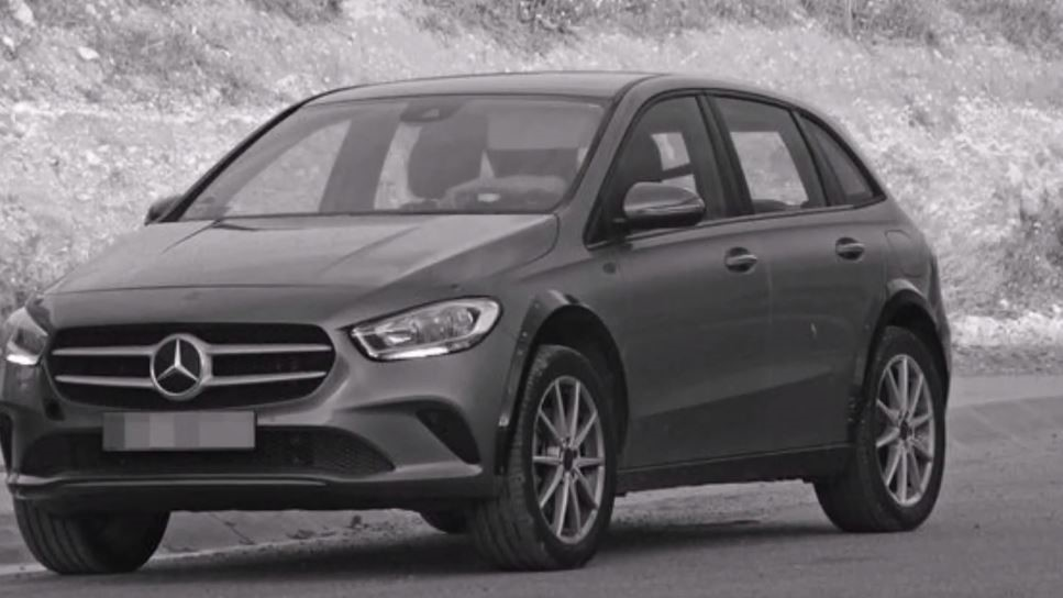 Mercedes-Benz compact electric SUV