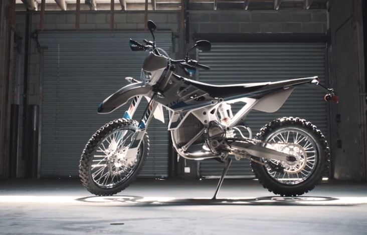 2019 Alta Redshift EXR electric dirt bike review