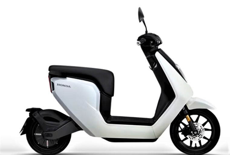 Honda V-GO small easy-to-use lightweight electric scooter