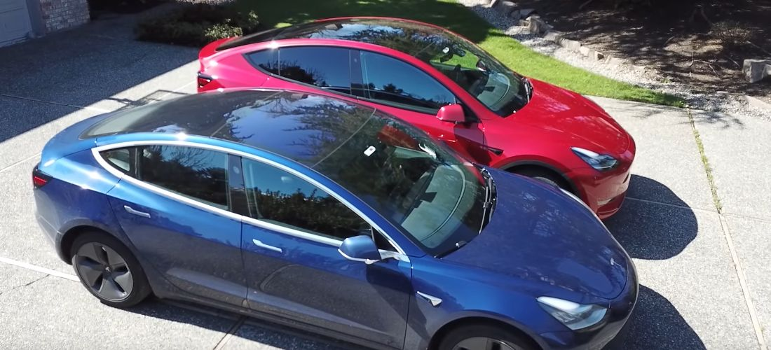 Watch Tesla Model Y, Model 3 side by side comparison