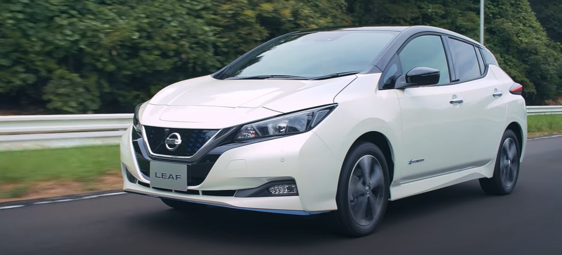 Nissan Dealer donates EVs to the UK Health System