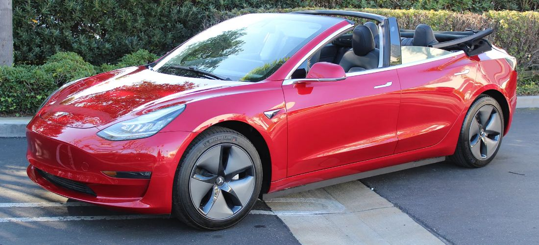 US company turns the Tesla Model 3 into a Cabrio