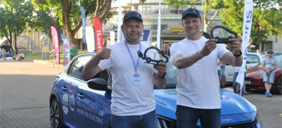 Peugeot e-208 finished first in electric cars race