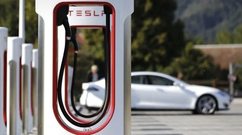 Tesla Superchargers will serve all electric vehicles