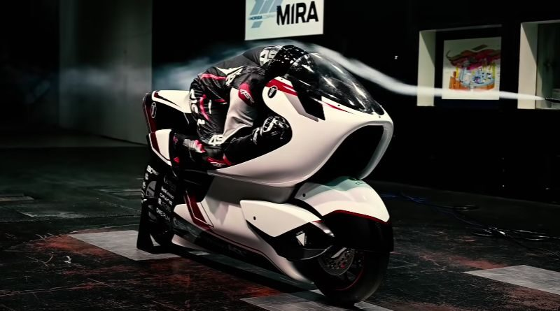 This futuristic electric motorcycle can reach 402 km/h