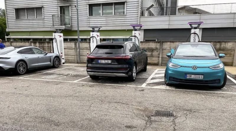 vw-ceo-criticises-ionitys-fast-charging-station
